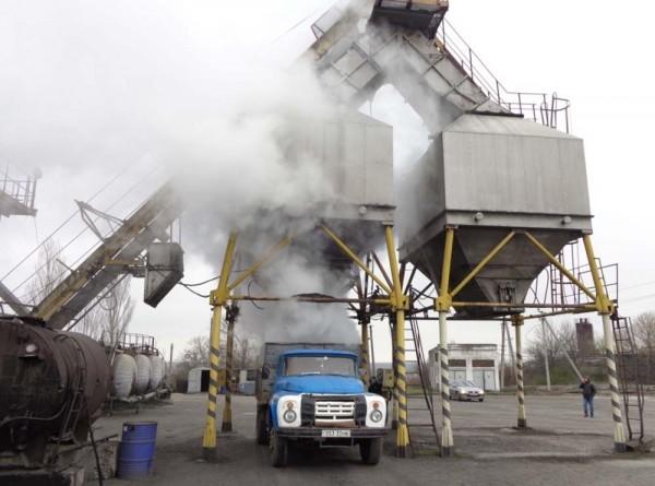 В Лужском районе восстановят асфальтобетоный завод